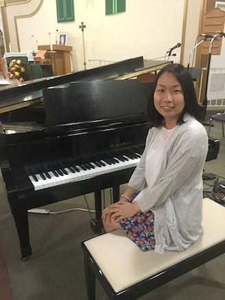 Teresa teaches piano-keyboard classes for all ages